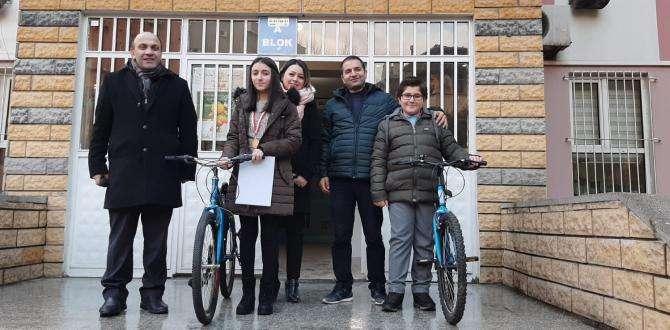 Osmangazi Orta Okulunda Süprizlerle Dolu Bir Karne Heycanı