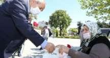 Başkan Büyükgöz 65 Yaş Üstünü Unutmadı