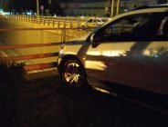 Alkollü Sürücü Bariyerlere Çarptı