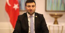 Fatih Dünemez'den Mustafa Akıncı'ya FETÖ tepkisi, Ersin Tatar'a temizlik çağrısı!